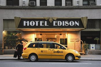 The Edison Hotel Located Near A Host Of Attractions Including Broadway Times Square And Rockefeller Center This Features An Italian Restaurant