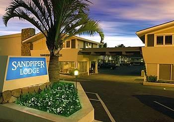 Cheap Hotel Room Near Santa Barbara